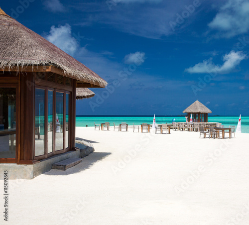 fototapeta na szkło tropical beach in Maldives