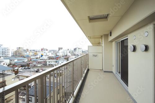 Valokuva 住宅 マンション バルコニー バルコニー隔板 イメージ
