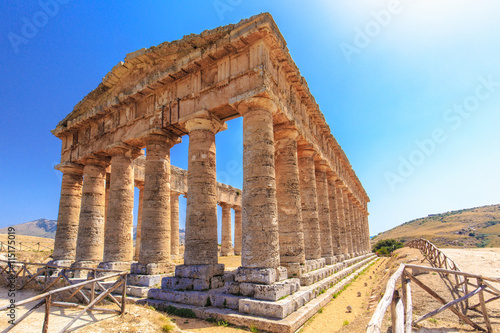 Fototapeta Temple of Segesta in central Sicily