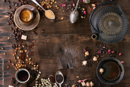 Photo  Assortment of tea and coffee as background
