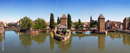 Poster de jardin Ville sur l eau pont couvert de Strasbourg
