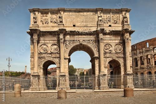 Photo  ROMA, ITALY, APRIL 7, 2016 : Arco de Constantino (Arch of Consta