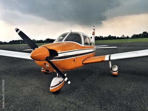 fototapeta na drzwi i meble piccolo aereo da trasporto