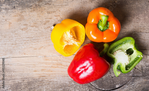 Fotografía  Group of colorful peppers