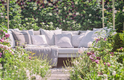 Foto op Canvas Tuin Romantic garden seating
