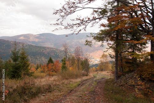 beskidy-jesienia-skrzyczne