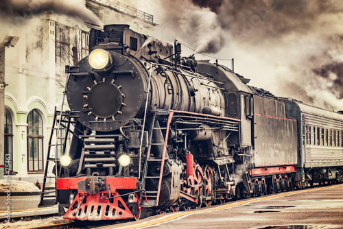 retro-steam-train-departs-from-the-station