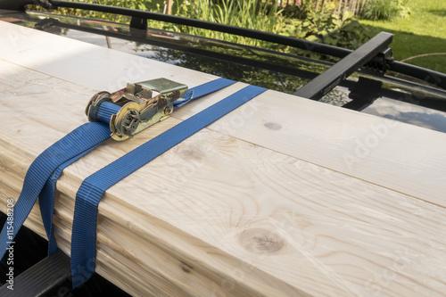 Fotomural  Correas de trinquete azul para el control de ocupación de carga