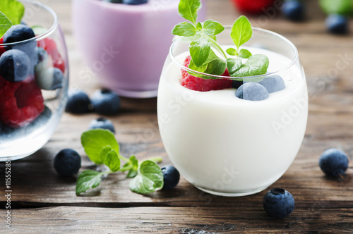 Mint and berry