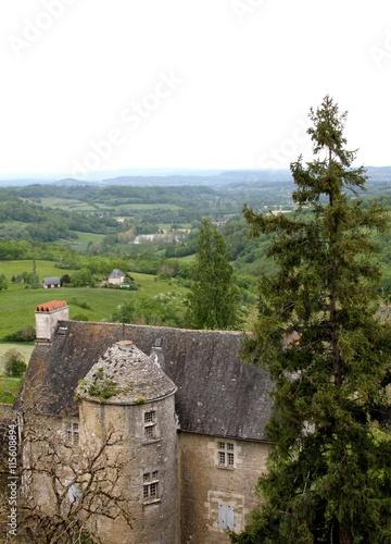 Photo  Turenne,village classé plus beau village de France en corrèze