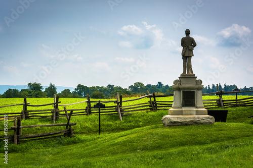 Fotografie, Obraz  Statue and fence at Antietam National Battlefield, Maryland.