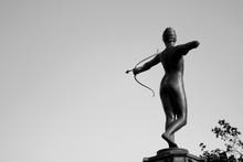 Archer Statue In Hyde Park (Lo...