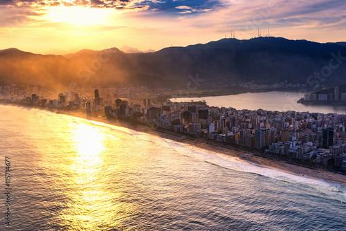 Fotografiet  Ipanema beach at sunset