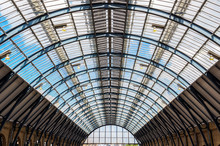 Ceiling Arch Of Kings Cross Tr...