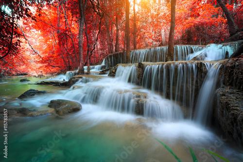 Küchenrückwand aus Glas mit Foto Wasserfalle The landscape photo, Huay Mae Kamin Waterfall, beautiful waterfall in autumn forest, Kanchanaburi province, Thailand