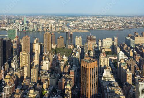 Foto op Plexiglas New York TAXI New York City Manhattan street aerial view with skyscrapers