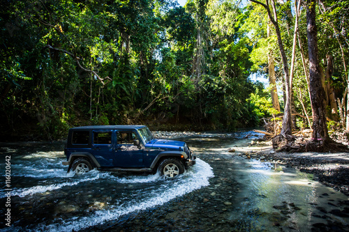 Photo sur Toile Océanie Daintree River Crossing