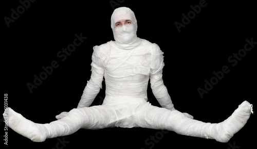 Photo Egyptian mummy on a black background