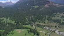 Soda Butte Valley And State Border With Montana