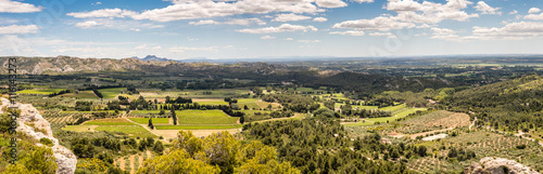 Photo  Landschaft bei Les Baux de Provence