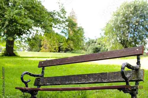 Fotografie, Obraz  Vista di una panchina in un parco