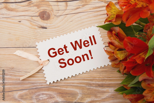 Valokuva  Get Well Soon Gift Tag with Flowers