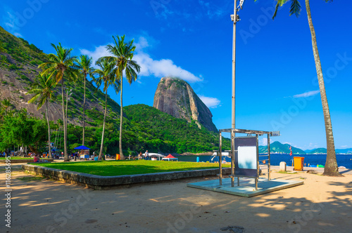 fototapeta na szkło Mountain Sugar Loaf and Vermelha beach in Rio de Janeiro. Brazil