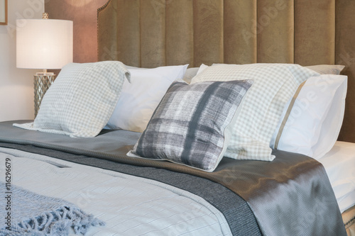 Luxury Decorative Style Bedroom With Checked Pattern Pillows On Bed New Luxury Decorative Bed Pillows