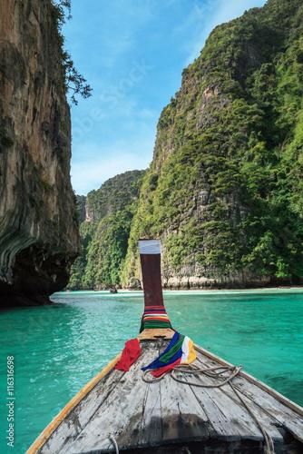 fototapeta na ścianę On longtail boat in pile bay on Koh Phi Phi