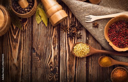 Keuken foto achterwand Kruiden Spices on wooden background