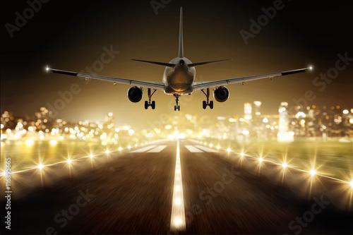 Flugzeug im Landeanflug Canvas Print