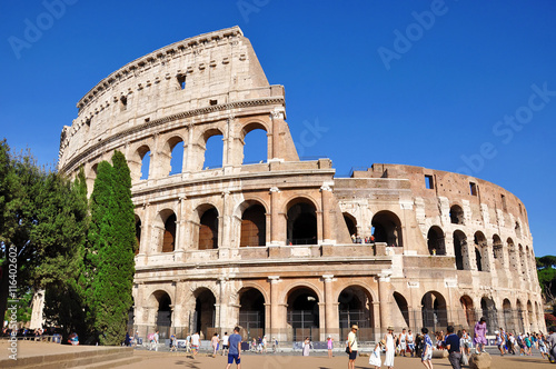 Photo  ROME, ITALY, JULY 9, 2016: Colosseum in Rome