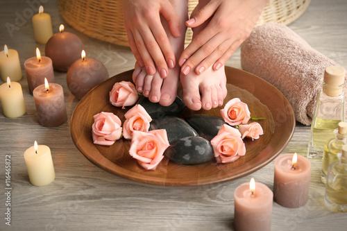 Foto op Plexiglas Female feet treatment. Spa concept