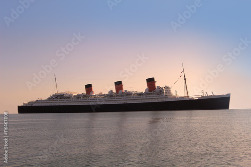 Photo Queen Mary, sister ship of the Titanic