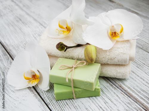 Fotografie, Obraz  Spa products and white orchids