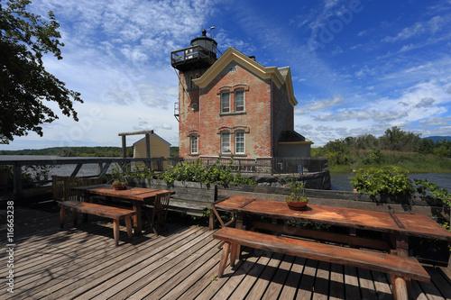 Fotografie, Tablou  Saugerties Lighthouse & Picnic Tables