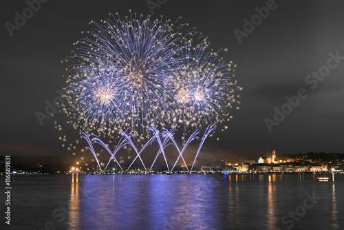 Fotografija  Fireworks, lakefront of Arona - Piedmont