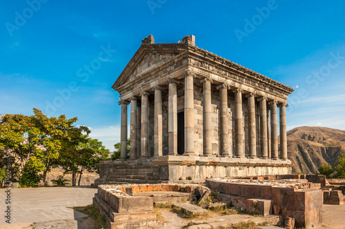 Foto op Plexiglas Bedehuis The Hellenic temple of Garni in Armenia