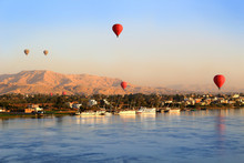 Hot Air Balloons In Luxor At S...