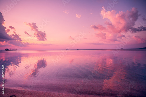 Aluminium Prints Candy pink Early morning, pink sunrise over sea