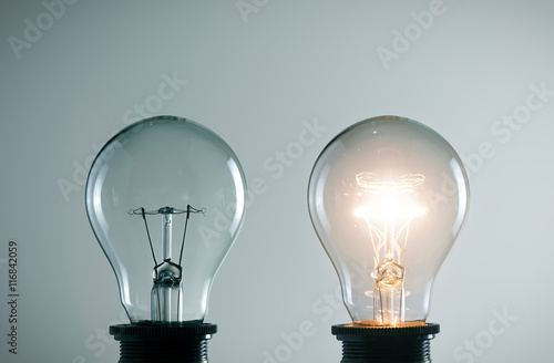 Photo  lidea concept with light bulbs