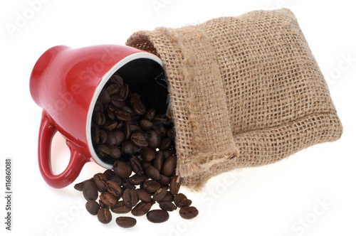 Foto op Plexiglas Koffiebonen Café en grains avec une tasse et un sac en toile de jute