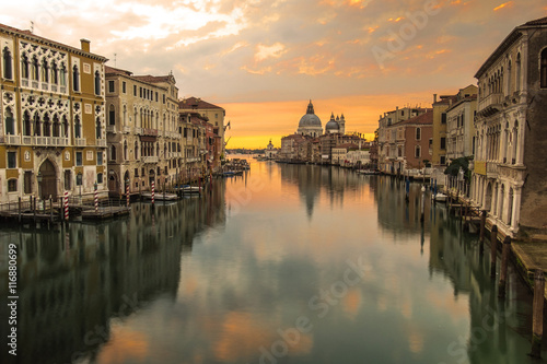 Foto op Plexiglas Venetie Reflection of Venice city with sunrise view