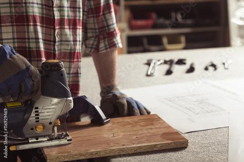 Fototapeta Steady hand on the wood obraz na płótnie