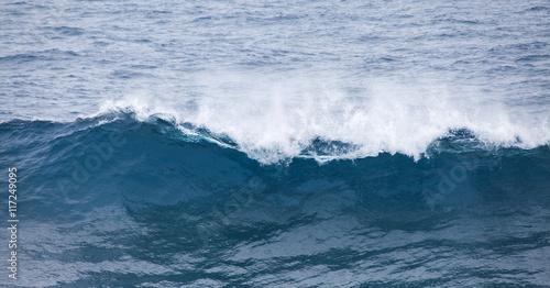 Foto auf Gartenposter Wasser ocean waves breaking