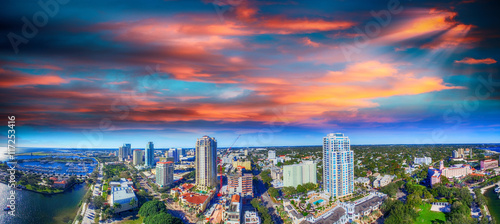 Obraz Sunset over Saint Petersburg, Florida - USA. Aerial view - fototapety do salonu
