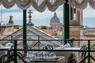 Panel Szklany Rzym Rom - Blicker über die Stadt aus einem Restaurant