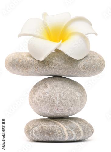 balansujaca-kamienna-wieza