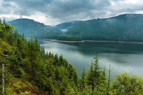 Obraz Lake Vidra in Romania - fototapety do salonu