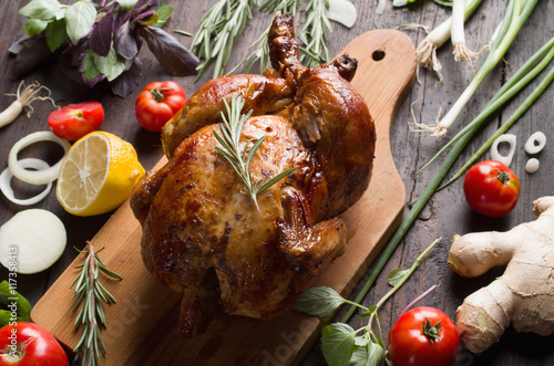 Whole roasted chicken - 117358413